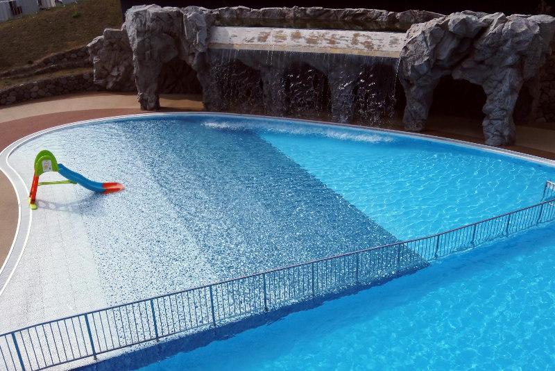 yoji-nozawa-onsen-sparenna-swimming-pool